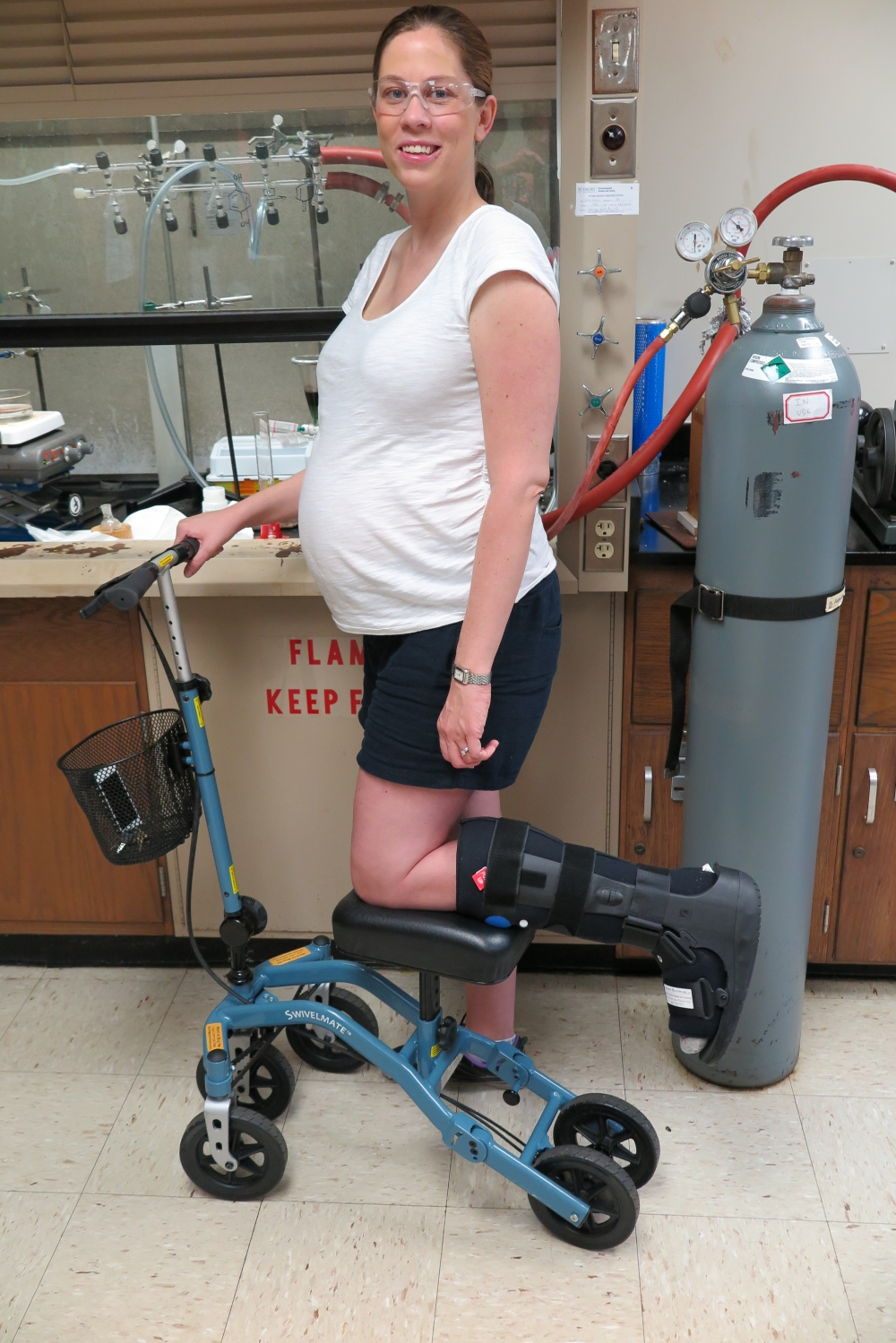 Annette on the Swivelmate Knee Walker from Atlanta Georgia July 2014
