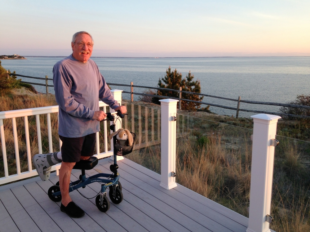 David on the Swivelmate Knee Walker from Greenwich Connecticut May 2017