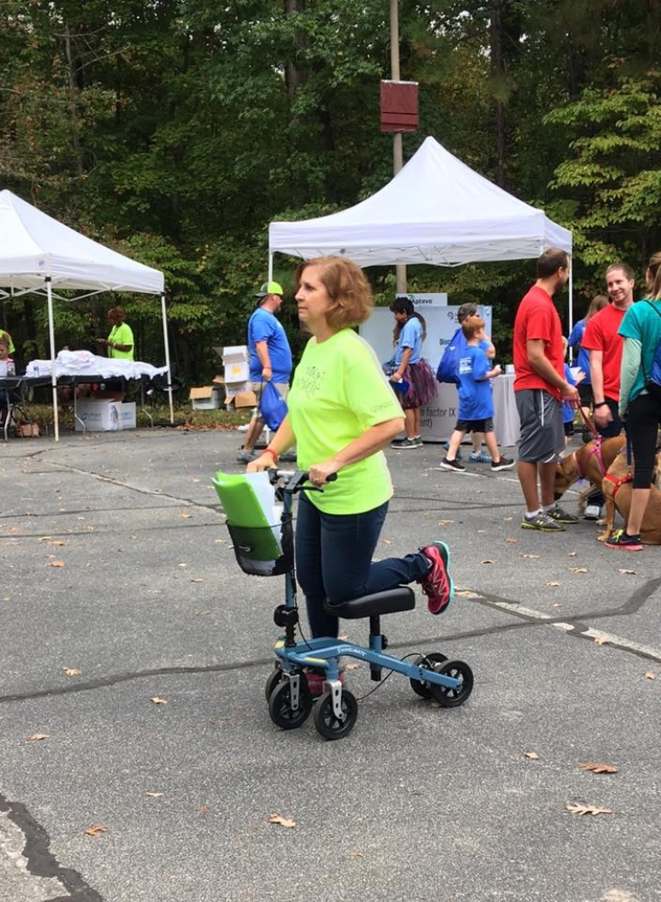 Karyn on the Swivelmate Knee Walker from Cary North Carolina October 2017