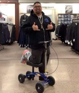using a Orthomate All Terrain Knee Scooter from Cottage Grove Minnesota March 2020