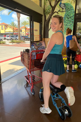 knee scooter during grocery shopping