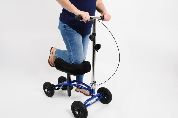 how to properly use a knee scooter