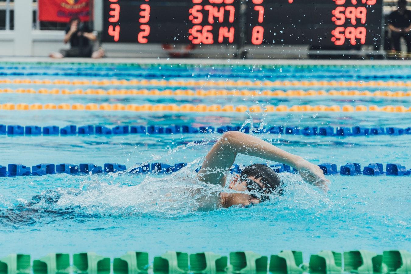swimmer racing